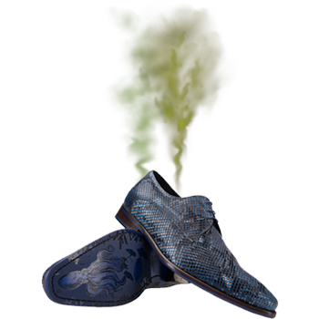 Stinkende schoenen met rook